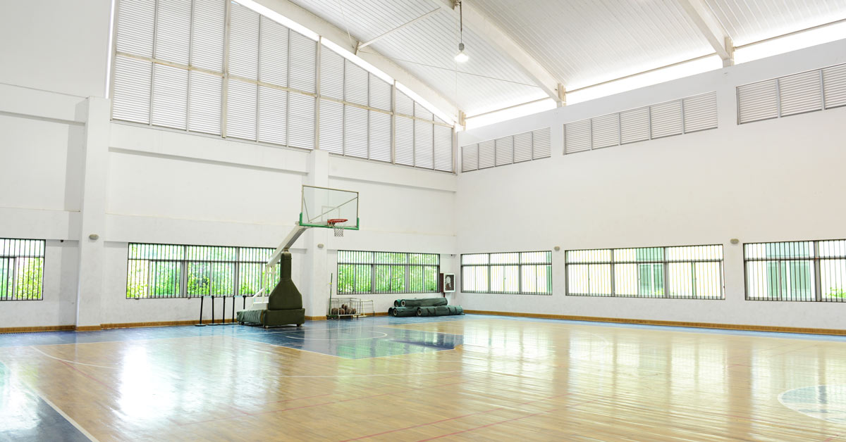 How to create stack ventilation in your school, warehouse or sports centre